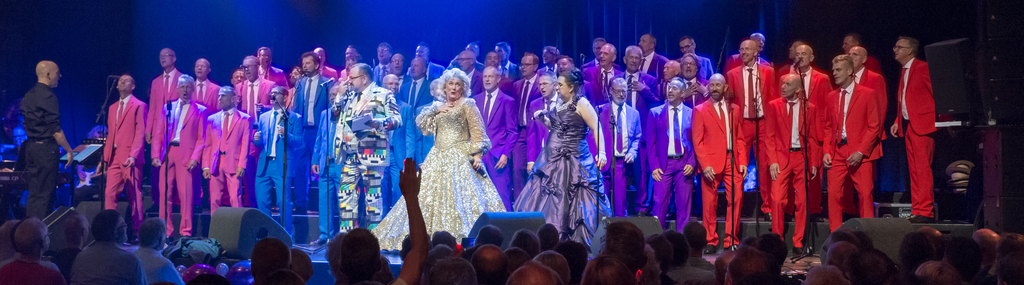 Gay Men's Chorus Manoeuvre in Paradiso, 17 juni 2017